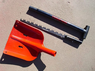 Snow Shovel and Saw - Voile USA