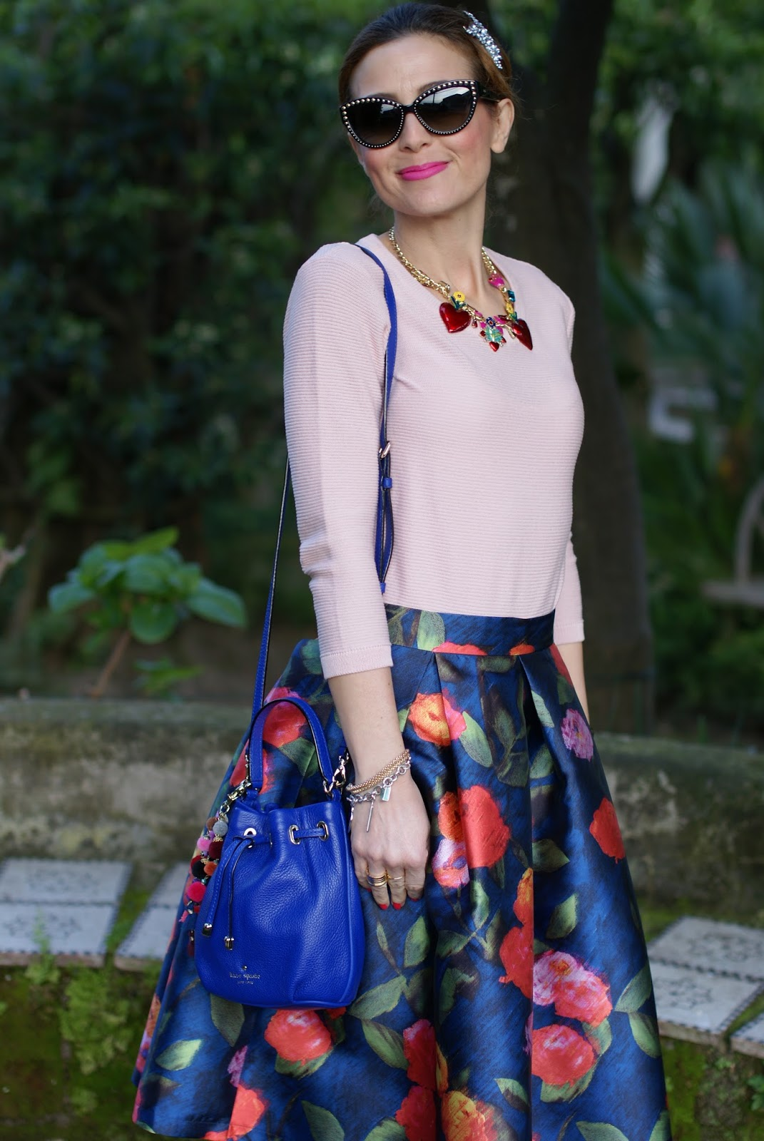 Paccio midi skirt, Tommaso Lonardo collana and Kate Spade bucket bag on Fashion and Cookies fashion blog, fashion blogger style