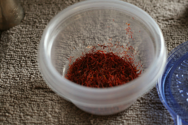 Small bowl with Saffron Threads
