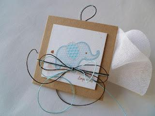 μπομπονιέρα βάπτισης αγοράκι με γαλάζιο ελεφαντάκι σε καδράκι