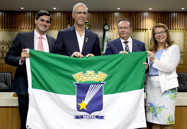 Resultado de imagem para Câmara recebe visita de embaixador israelense