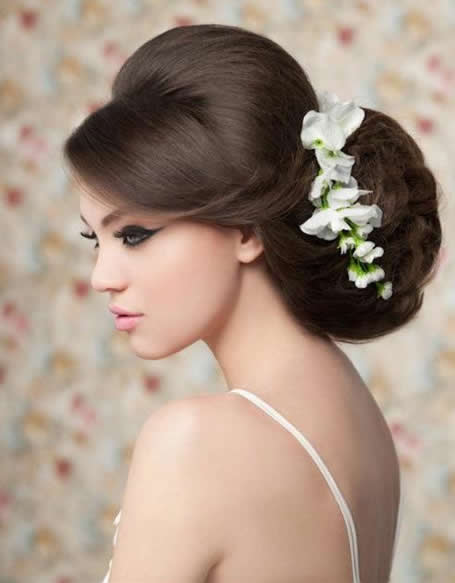 bloomin' couch bridal hairstyles