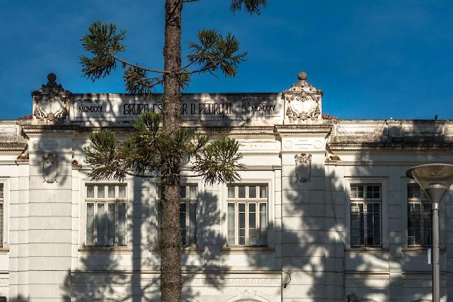 O antigo Grupo Escolar D. Pedro II - detalhe