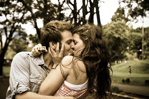 Erkekleri aşık etmek için