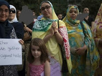 Allahu Akbar!, Sekelompok Pemuda Serang Secara Brutal Muslimah Berjilbab di Madrid Spanyol