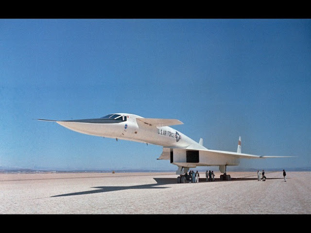 XB-70 வல்கியார்