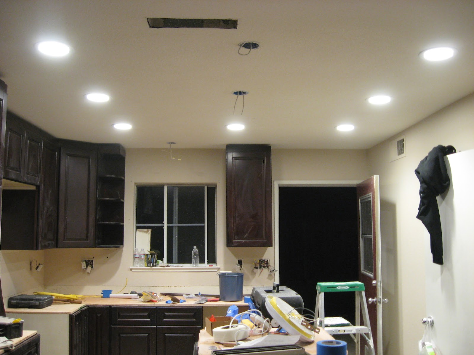 Home Owning Lady Dimmable Can Lighting Led Vs Cfl