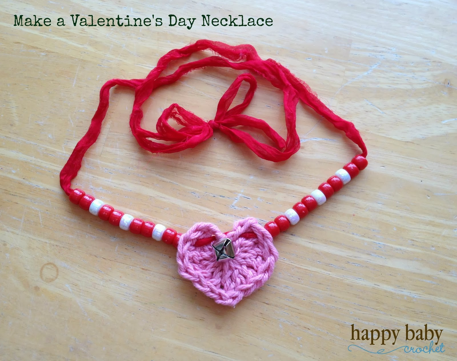 http://www.happybabycrochet.com/2015/02/valentines-day-crochet-heart-necklace.html