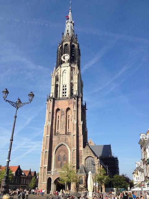Plaza medieval en Delft Holanda