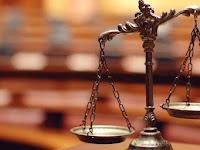 Ilusi Keadilan di Sistem Demokrasi