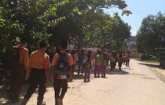 Siswa dan Guru MTS Nurul Huda Rohul Takjiyah Ke Rumah Hanif Faturrahman