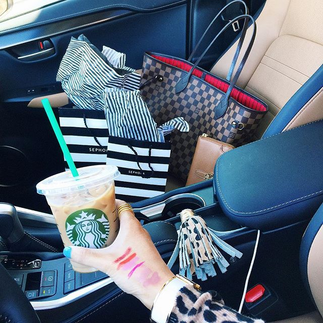 emily gemma makeup, emily gemma sephora haul, emily gemma leopard keychain, front seat situation instagram, louis vuitton neverful MM