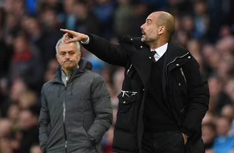 Pep Guardiola: Kalahkan Jose Mourinho Bukan Prestasi Spesial