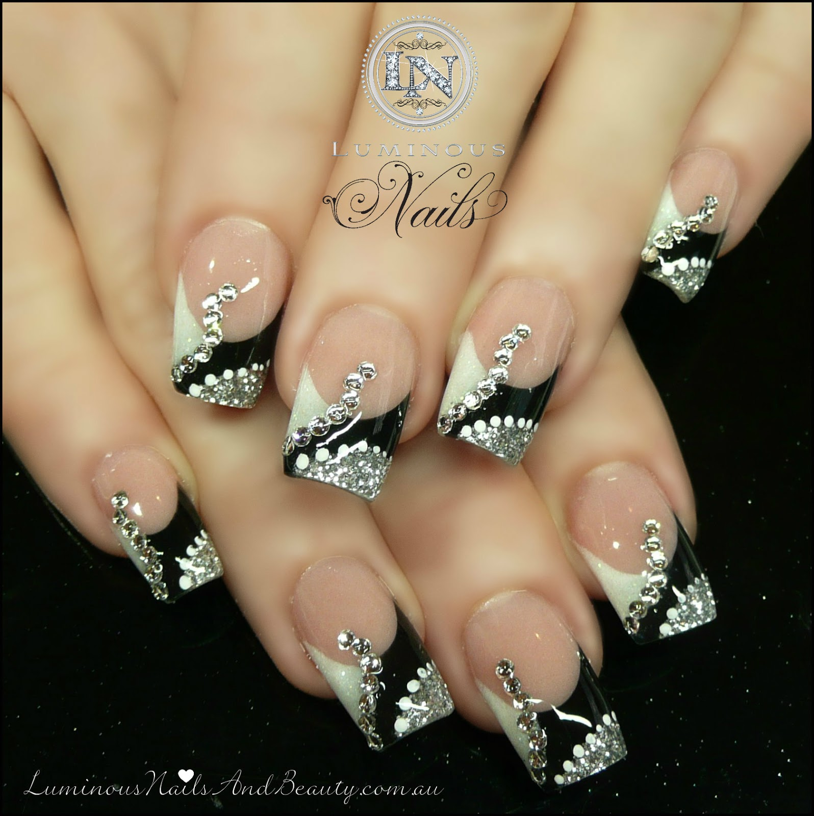 black and silver acrylic nail designs