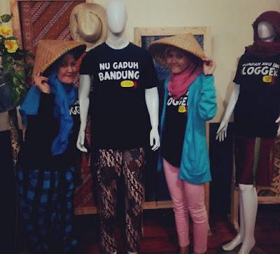 Narsis Bareng Mak Nchie Hanie di Acara Buka Bersama Blogger Bandung & Kaos Gurita