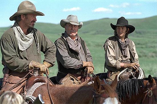 Kevin Costner, Robert Duvall y Diego Luna en Open Range