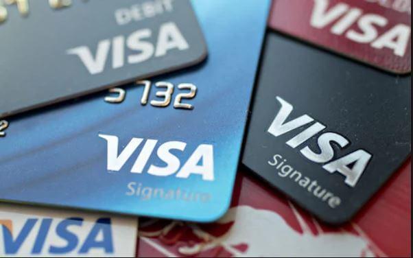 احصل على بطاقة فيزا مجانا وبها رصيد