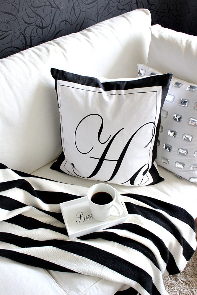 timanttityyny mustavalkoinen koti blavk and white home scandinavian home