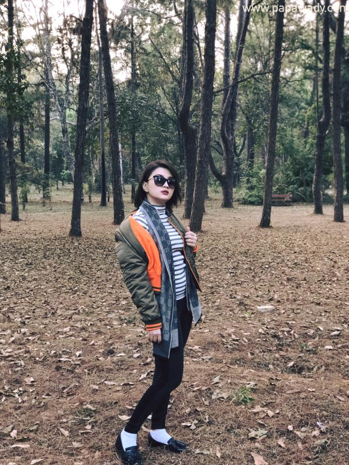 Wut Mhone Shwe Yi Beautiful Fashion Walk In May Myo National Park