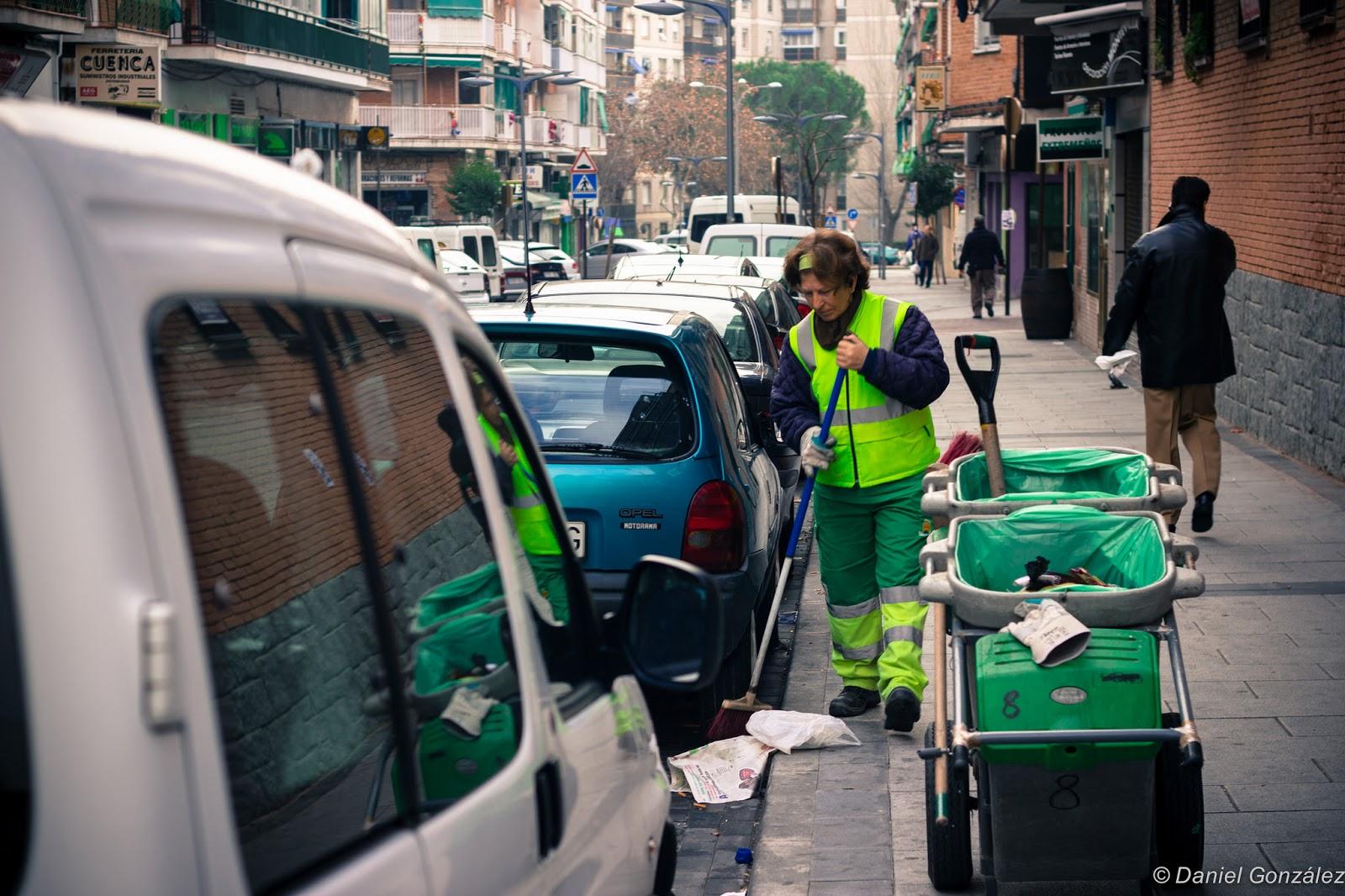 Limpiando las calles, alcorcón 2012