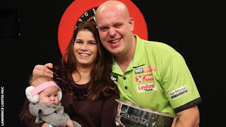 DARDOS - Michael Van Gerwen conquista su tercer Grand Slam of Darts
