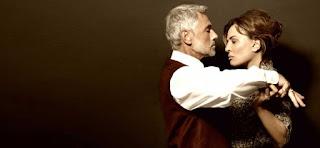 """""""Μία ξεχωριστή μέρα"""" του Έττορε Σκόλα, σε σκηνοθεσία Άσπας Καλλιάνη."""