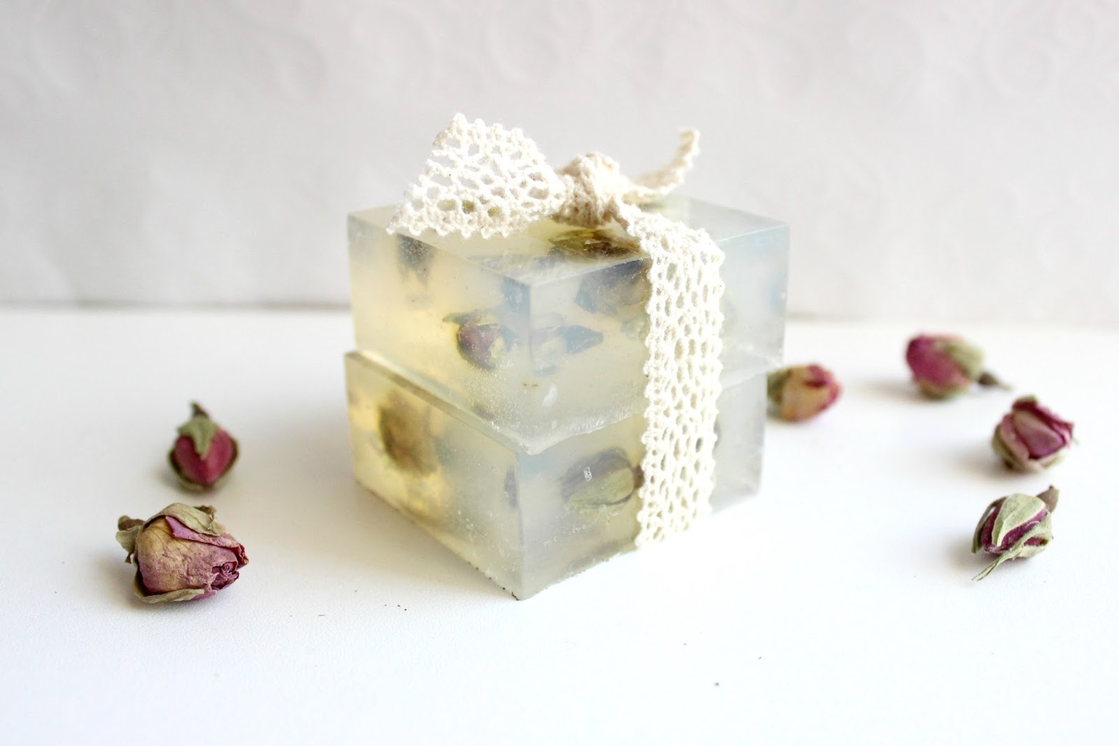 Diy Soap Without Glycerin Ef Zin Creations Diy Dried Roses Glycerine Soap