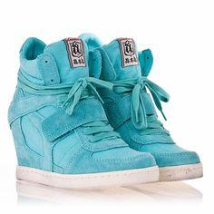 Toko Sepatu Anak Laki-laki Murah