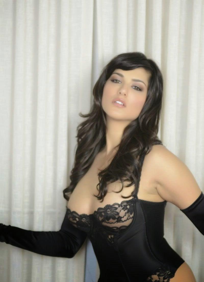 Bollywood Model Sizzling In Black Dress Sunny Leone