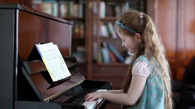 4 lợi ích không ngờ khiến bạn muốn mua đàn piano điện tử ngay lập tức