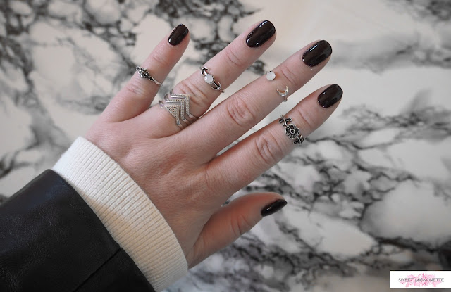 http://www.sweetmignonette.com/2017/10/nail-nails-akyado-swiss-beauty-blog-loreal-essie-opi-anny-marionnaud-drbronners-kiko-hand.html