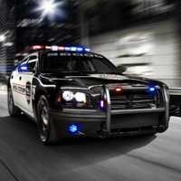 تحميل لعبة سباق سيارات الشرطة للكمبيوتر والاندرويد Download Crazy Police Racers for pc - apk