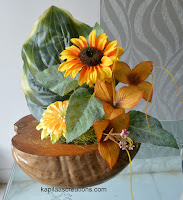 flowerarrangement in coconutshell