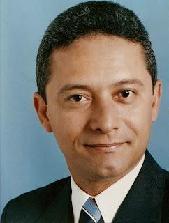 Ex-prefeito de Icó é condenado por desvio de R$ 1 milhão de merenda escolar