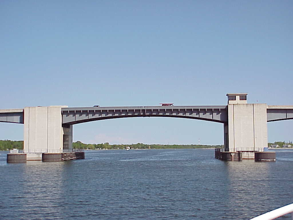 Sturgeon Bay Police Department Reminder Bayview Bridge Closed For Cleaning Today 9AM To 2PM