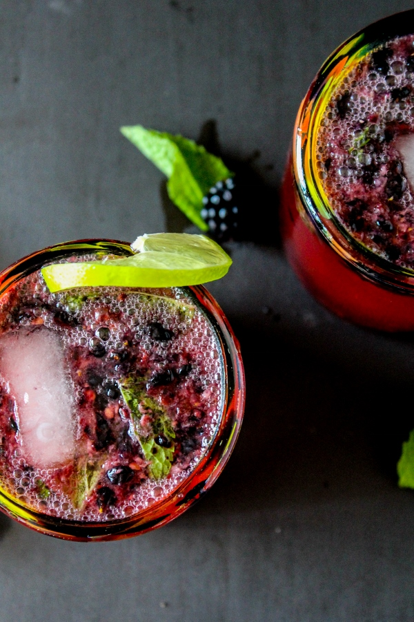 These super fresh and delicious Blackberry Mojitos are the perfect simple mixed drink for the summer!