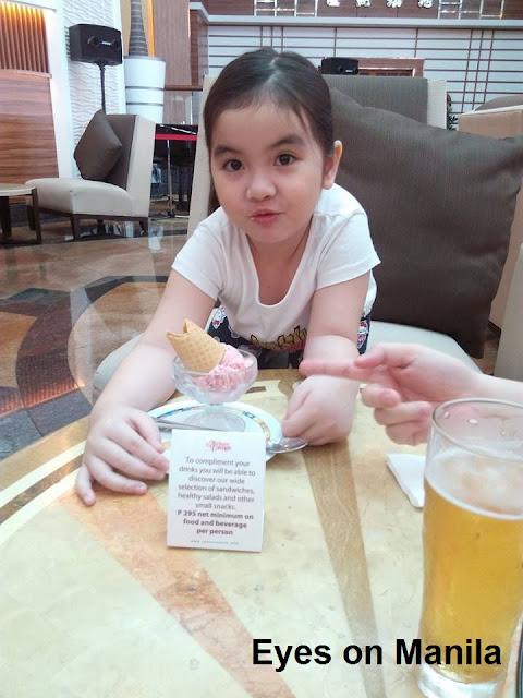 Century Park Hotel Manila: Strawberry Ice Cream