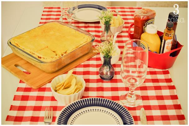 mesa posta para cachorro quente de forno