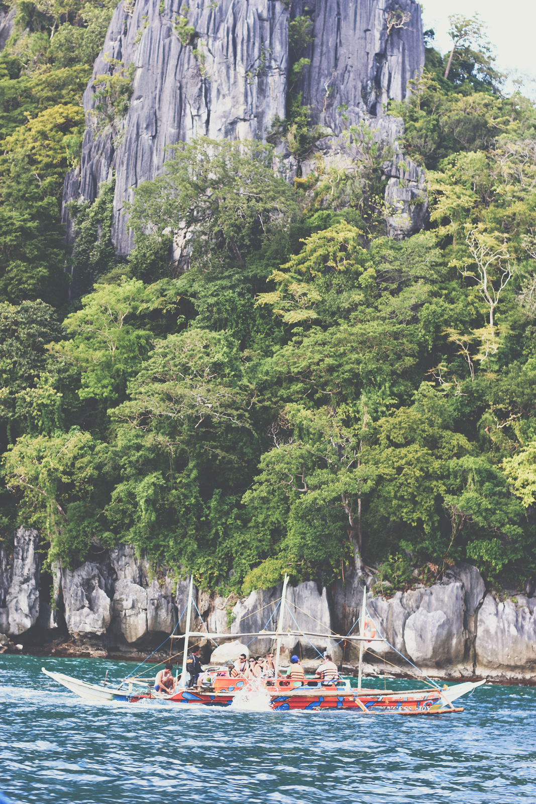el nido muslim While the formerly muslim majority population in mindanao was reduced to 40% as a result of the influx of christian  andrei ustares acosta of el nido, palawan,.
