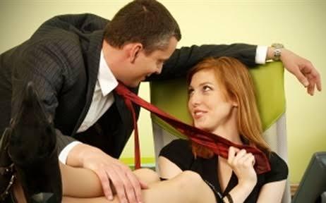 تحرش النساء بالرجال ظاهرة غريبة تحتاج لوقفة