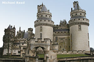 Château de Pierrefonds, l'un des sites du film Peau d'äne, de Jacques Demy (1970)
