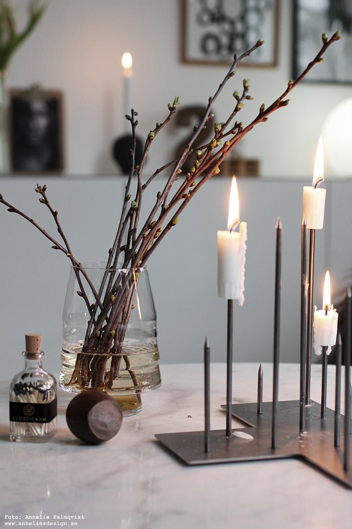 annelies design, körsbär, kvist, kvistar, vako, vas, smaelta, candle cross, ljusstake, ljusstakar, inredning, dekoration, eldstickan, tändstickor, flaska,
