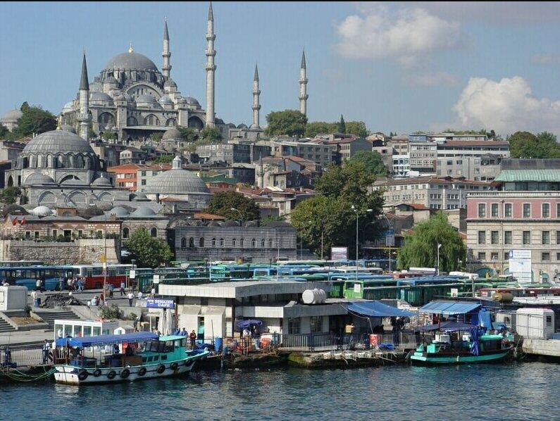 معاملة أهل الذمة والمستأمنين من حيث المسئولية الجنائية في ظل أحكام الشريعة الإسلامية