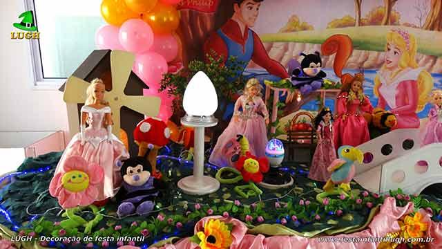 Mesa decorativa A Bela Adormecida
