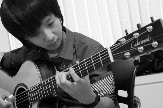 Semua Lagu 2ne1 Gratis Download Lagu Mp3 Music Terbaru Hari Ini Fianzoner Petikan Gitar Sungha Jung 2ne1 Quot;lonelyquot;