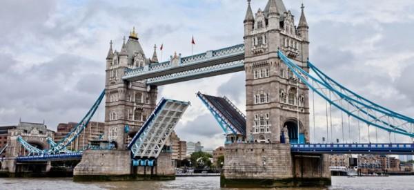 ΑΠΟΚΑΛΥΨΗ! Τι θα έχει συμβεί αν ακούσετε ότι «Έπεσε η γέφυρα του Λονδίνου»!