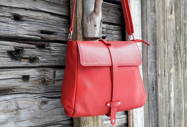 Quality handbags from Finland Utua