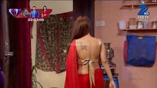 Sha Ajmani aka Garima AjmaniRed saree and Backless Choli Flower Tattoo 4 .xyz.jpg
