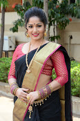 madhavi latha latest pics-thumbnail-4