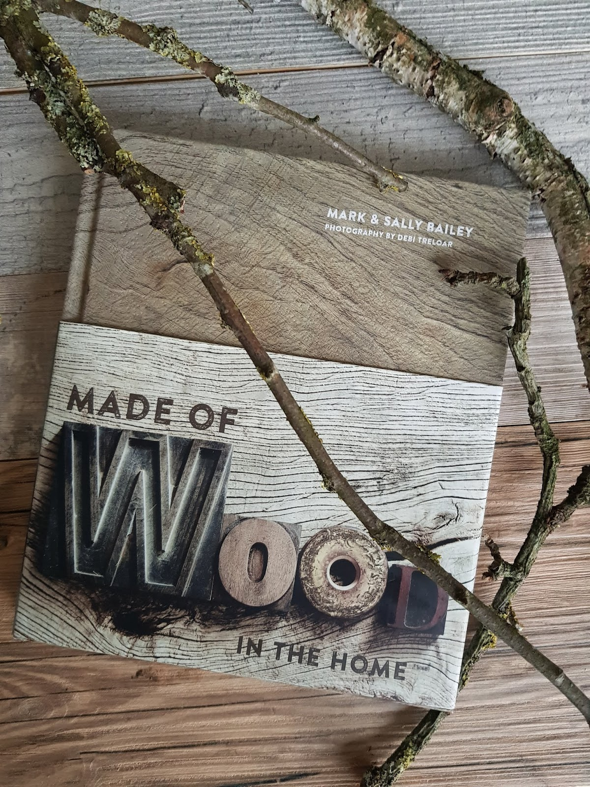 "Wohnbuch Empfehlung Buchtipp ""Made of Wood in the Home"""